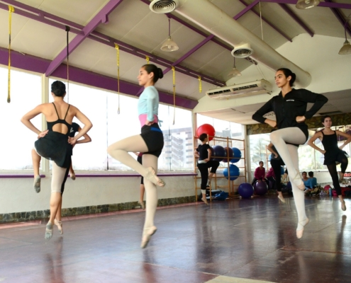 Salon Ballet